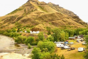 Killgore Adventures - Motel & RV Park : Riverside motel on the Salmon River and White Bird Creek with sandy beach access. Plus RV spaces & tent camping, all just 1.5 hours north of McCall. Jet Boat Tours too.