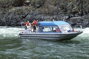 Killgore Adventures - Hells Canyon Boat Trips :: Scenic Float trip ventures down Hells Canyon to the confluence of the Snake and Salmon Rivers.  Includes river side lunch, wildlife viewing and stops at historical features.