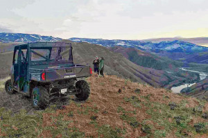 Killgore Adventures - guided ATV rides :: Experience the best trails and scenery in Idaho aboard your own Polariz RZR 4x vehicle. These are safe, enjoyable and guide-led tours around the Salmon River & Hells Canyon.
