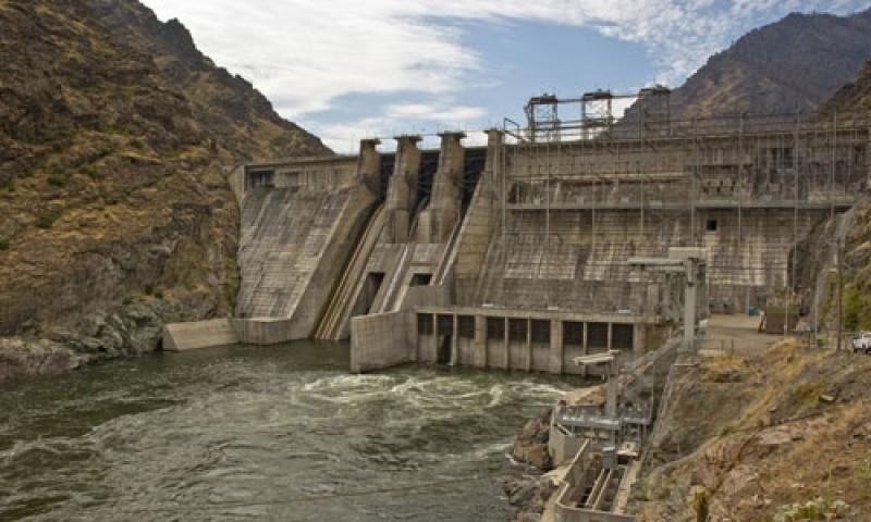 The Hells Canyon Dam along the Snake River